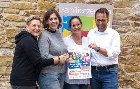 Veranstaltung: Gesicht zeigen, gegen sexuelle Gewalt an Kindern am 13.10.2019 im Familienzentrum Metzingen
